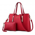 Set geanta + plic dama rosie din piele ecologica cu detalii aurii acgd079